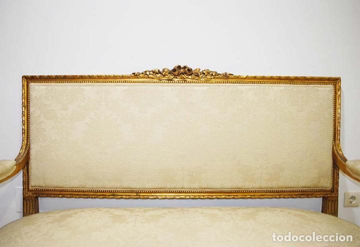 Antigüedades: SOFÁ ANTIGUO DE MADERA TALLADA Y PAN DE ORO - Foto 3 - 114103607
