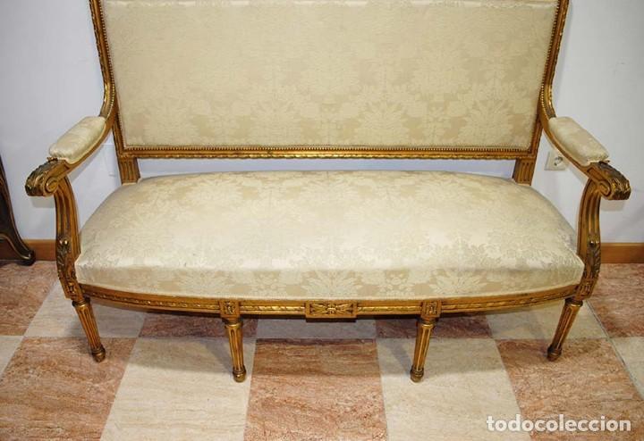 Antigüedades: SOFÁ ANTIGUO DE MADERA TALLADA Y PAN DE ORO - Foto 5 - 114103607