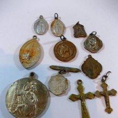 Antigüedades: LOTE DE ANTIGUAS MEDALLAS Y CRUCUFIJOS. Lote 114164427