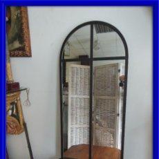 Antigüedades: ESPEJO DE HIERRO TIPO VENTANA 105 X 50 CM. Lote 114176383