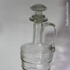Antigüedades: ANTIGUA BOTELLA DE CRISTAL DE CARTAGENA ESTILO MODERNISTA PARA LICOR, AGUARDIENTE U OTROS.. Lote 114188079