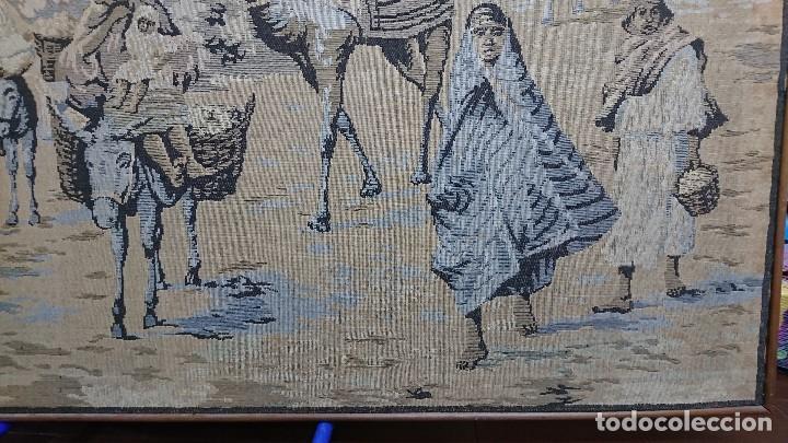 Antigüedades: ANTIGUO TAPIZ DE HILO NATURAL, MOTIVOS AFRICANOS - Foto 13 - 114204159