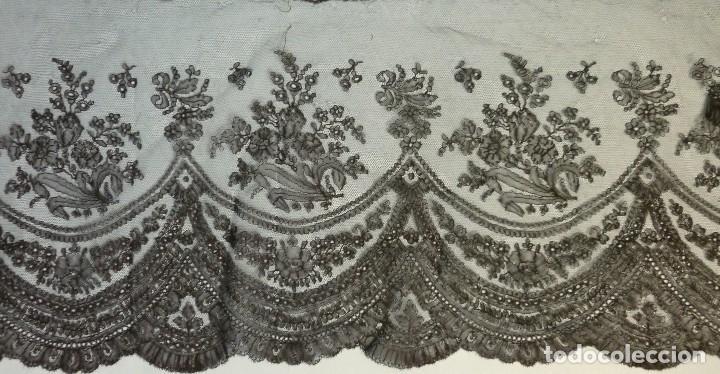 Antigüedades: ANTIGUO ENCAJE DE CHANTILLY S.XIX - Foto 3 - 114220579