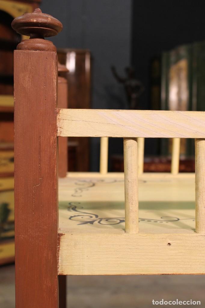 Antigüedades: Florero en madera pintado a la mano - Foto 4 - 114240539
