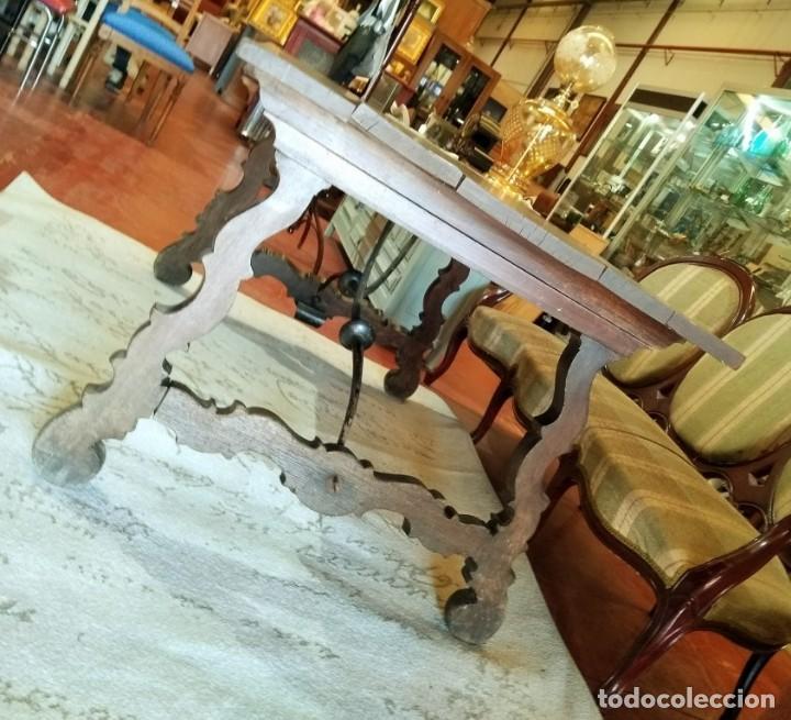 Antigüedades: MESA CON FIADORES Y PATA DE LIRA - Foto 9 - 114248919