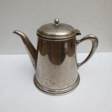 Antigüedades: TETERA O CAFETERA METALICA PLATEADA. Lote 114302267