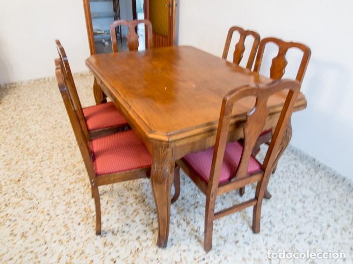 Conjunto mesa comedor antigua. Principios siglo XX