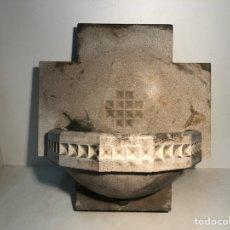 Antigüedades: PILA DE AGUA BENDITA PARA IGLESIA, PRINCIPIOS SIGLO XX.. Lote 114419187