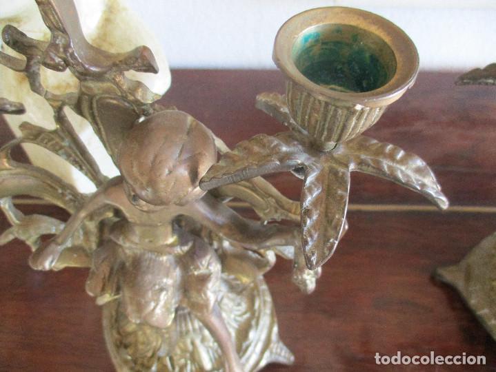 Antigüedades: Pareja de candelabros de bronce siglo XIX - Foto 4 - 114475027