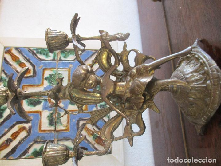 Antigüedades: Pareja de candelabros de bronce siglo XIX - Foto 5 - 114475027