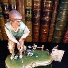 Antigüedades: BONITA Y CURIOSA ESCENA CON JUGADOR DE GOLF EN PORCELANA ITALIANA DE CAPODIMONTE - EL PRÍNCIPE -. Lote 114486347