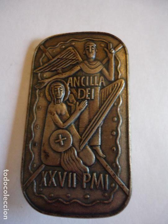 Antigüedades: Ancilla Dei. Anunciación. 4,5 x3 cms. Broche pin para solapa. Medidas - Foto 3 - 114527335