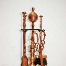 Antigüedades: ANTIGUO JUEGO DE CHIMENEA PARA FUEGO EN HIERRO Y COBRE. Lote 114617583