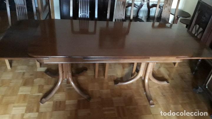 Mesa extensible de salón comedor con seis sillas, mesa antigua, sillería  antigua, sillas antiguas