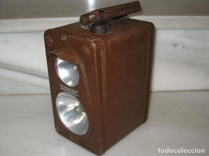Antigüedades: Farol de mano marca Madec. - Foto 3 - 114686571
