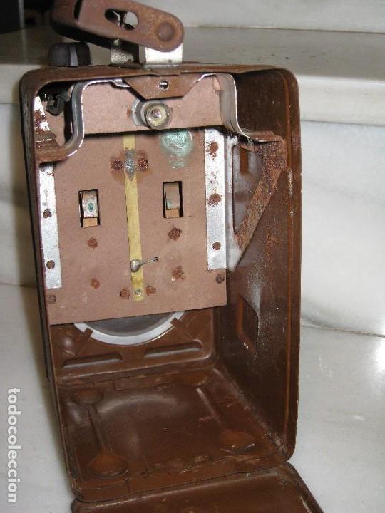 Antigüedades: Farol de mano marca Madec. - Foto 5 - 114686571