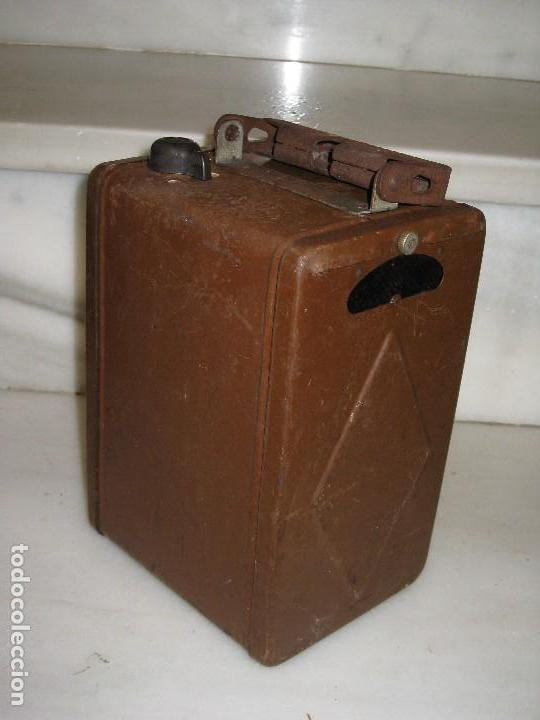 Antigüedades: Farol de mano marca Madec. - Foto 8 - 114686571