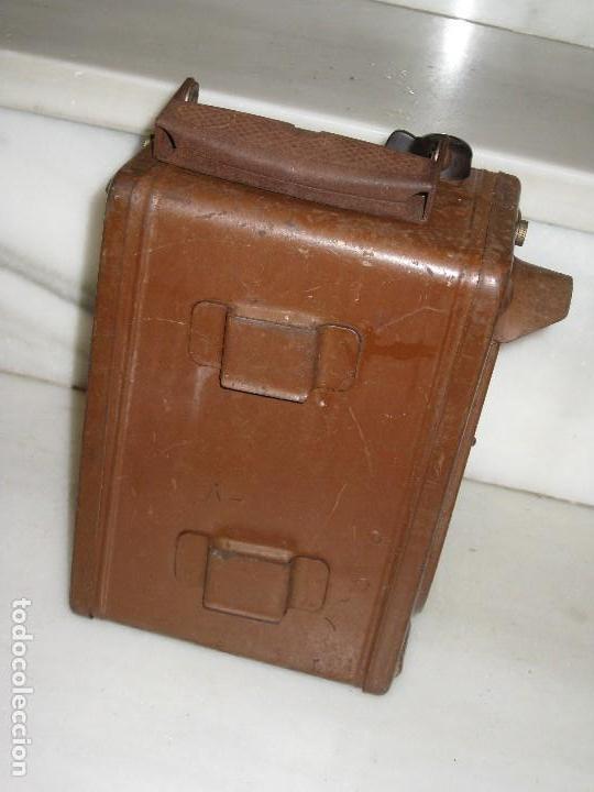Antigüedades: Farol de mano marca Madec. - Foto 13 - 114686571