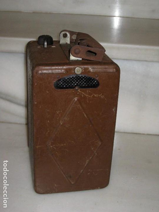 Antigüedades: Farol de mano marca Madec. - Foto 16 - 114686571