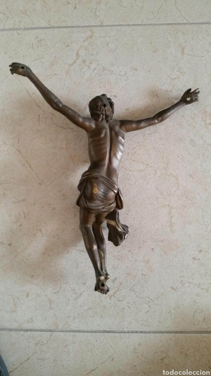 Antigüedades: CRUCIFIJO BRONCE - Foto 2 - 114703212