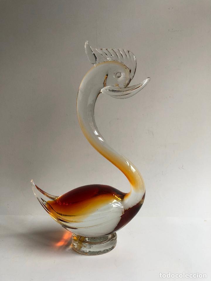 FIGURA CISNE CRISTAL MURANO COLOR AMBAR CARAMELO Y TRANSPARENTE 24 CM. ALTURA - SELLADO (Antigüedades - Cristal y Vidrio - Murano)