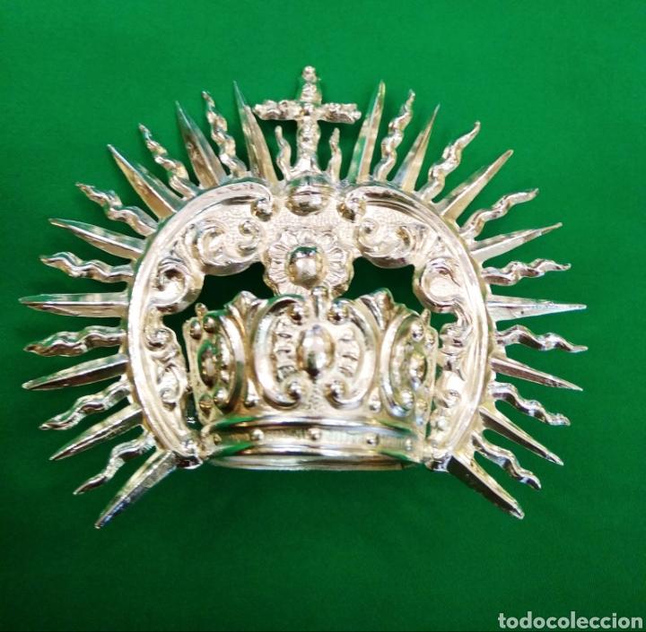 Antigüedades: Corona de metal plateado con baño de plata (o dorado) 3 cm diámetro (nueva) - Foto 3 - 257582930