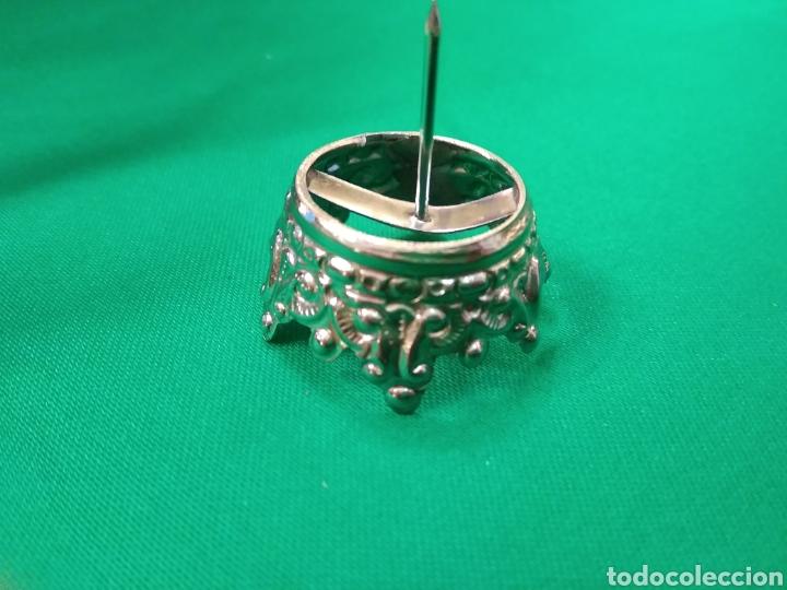 Antigüedades: Corona de metal plateado con baño de plata (o dorado) 2 cm diámetro (nueva) - Foto 6 - 257582880