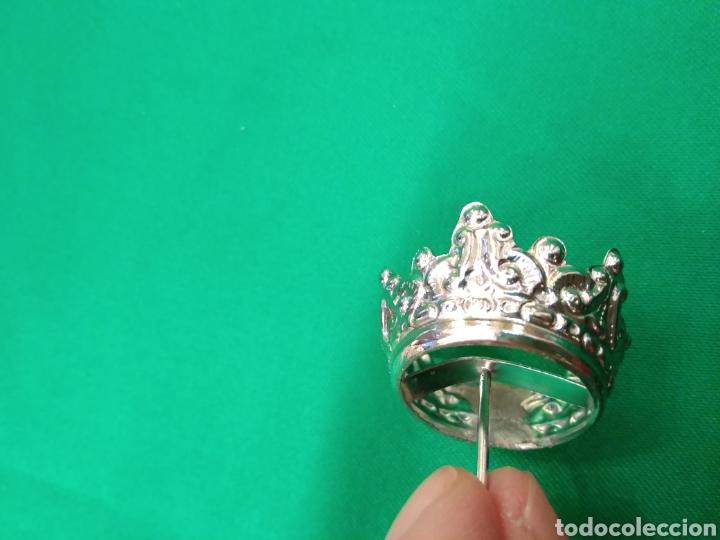 Antigüedades: Corona de metal plateado con baño de plata (o dorado) 2 cm diámetro (nueva) - Foto 7 - 257582880