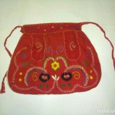 Antigüedades - Antiguo delantal bordado,ideal para indumentaria tradicional - 114849583