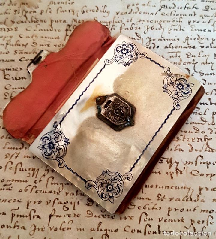 Antigüedades: MAGNIFICO CARNET DE BAILE CON LAS CUBIERTAS EN MADREPELA,NACAR,S. XIX - Foto 6 - 114862079