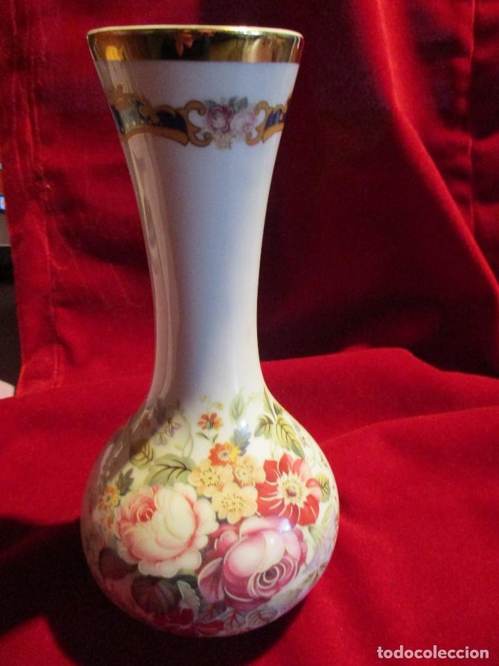 JARRON FLORERO PORCELANA (Antigüedades - Hogar y Decoración - Floreros Antiguos)