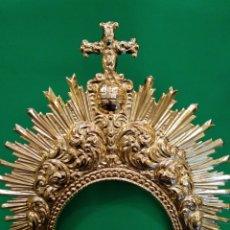 Antigüedades: DIADEMA DE VIRGEN CON BAÑO DE ORO, 23 CM ALTA(NUEVA). Lote 114960738