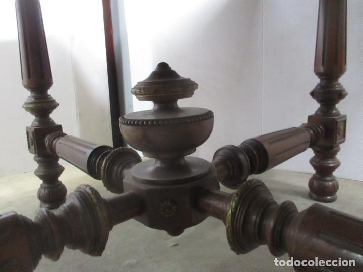 Antigüedades: Antigua Mesa de Juntas Octogonal - Despacho - Victoriana - Madera Nogal - Sobre en Piel - S. XIX - Foto 9 - 114980139