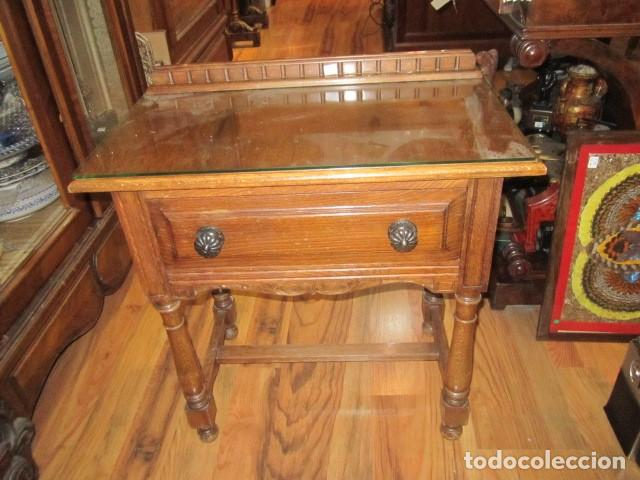 mesilla de noche en madera, con cajón y cristal - Comprar Muebles ...