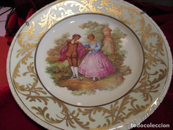 Antigüedades: lote de dos platos .porcelana plato para decoración fragonart - Foto 2 - 114996195
