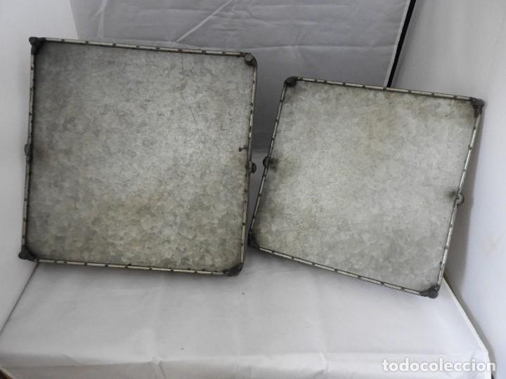 Antigüedades: PRACTICAS BANDEJAS CON ASAS DE METAL - Foto 6 - 115006631