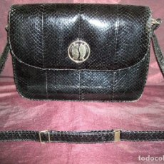 Antigüedades: ANTIGUO BOLSO PIEL DE SERPIENTE BAG COLOR NEGRO. BANDOLERA. Lote 115062431