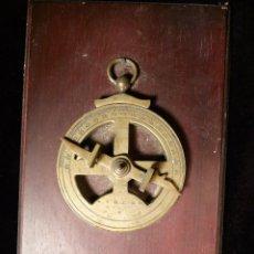 Antigüedades: MEDIDOR DE ANGULOS. Lote 115079439