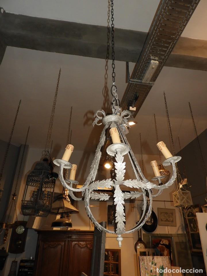 Antigüedades: LAMPARA DE TECHO DE SEIS LUCES EN METAL SUPERDECORATIVA - Foto 2 - 115124287