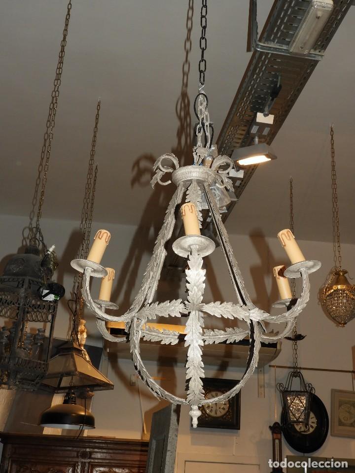 Antigüedades: LAMPARA DE TECHO DE SEIS LUCES EN METAL SUPERDECORATIVA - Foto 3 - 115124287