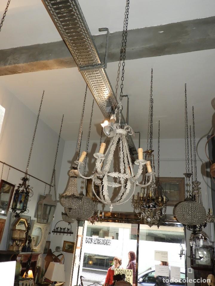 Antigüedades: LAMPARA DE TECHO DE SEIS LUCES EN METAL SUPERDECORATIVA - Foto 5 - 115124287