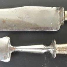 Antigüedades: CUBIERTOS PARA TRINCHAR CARNE. ACERO.MANGO DE PLATA 800. INGLATERRA. SIGLO XX. . Lote 115164411