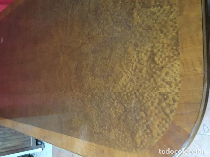 Antigüedades: Mesa de comedor con tablero de raíz de grandes dimensiones. - Foto 3 - 115170059