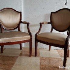 Antigüedades: PAREJA DE SILLONES DE CAOBA. Lote 115172087