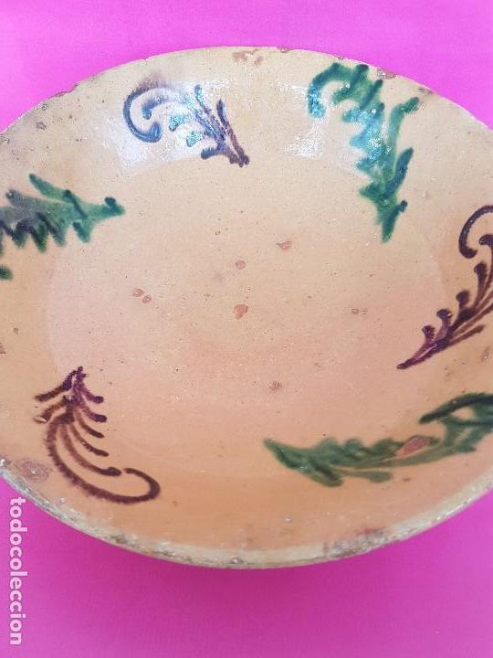 GRAN PLATO POPULAR NIJAR...?? (Antigüedades - Porcelanas y Cerámicas - La Bisbal)