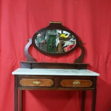 Antiquités: TOCADOR ALFONSINO CON TAPA DE MÁRMOL.. Lote 115189267