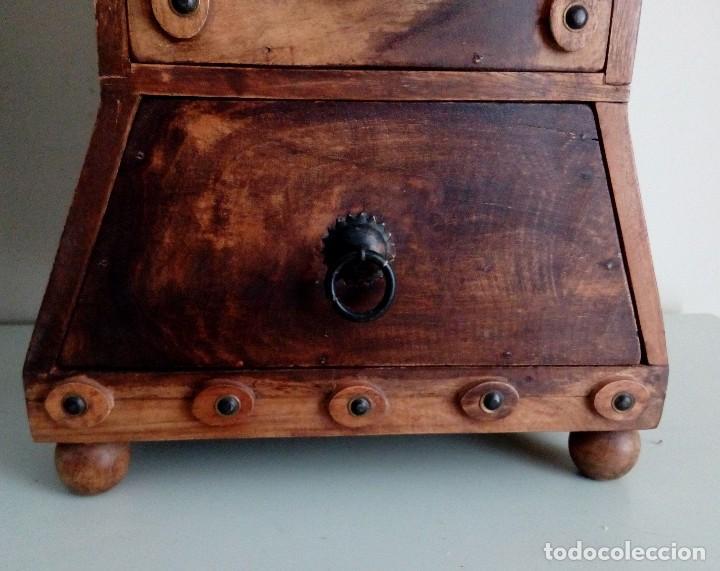 Antigüedades: MUEBLE - PEANA - PEDESTAL CON CAJONES EN MADERA MACIZA. - Foto 9 - 115191711