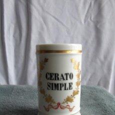 Antigüedades: ANTIGUO ALBARELO, TARRO DE FARMACIA, PORCELANA BLANCA. ISABELINO.CERATO SIMPLE.. Lote 115216463