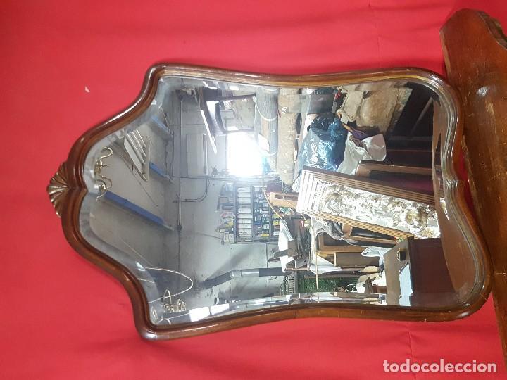 Antigüedades: Espejo biselado en buen estado. - Foto 2 - 115239971