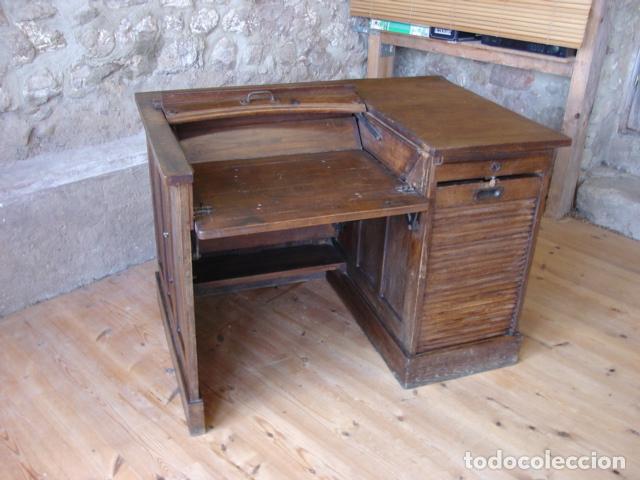 Antigüedades: Mueble Escritorio Escamoteable con Persiana para Máquina de Escribir. Dimensiones 78x110x73,5 cm. - Foto 2 - 115255743